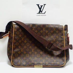 f2ea20788df2 Louis Vuitton Saddle Bag